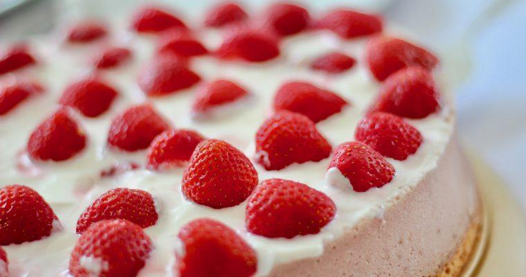 Erdbeer-Yogurette Torte ohne Backen