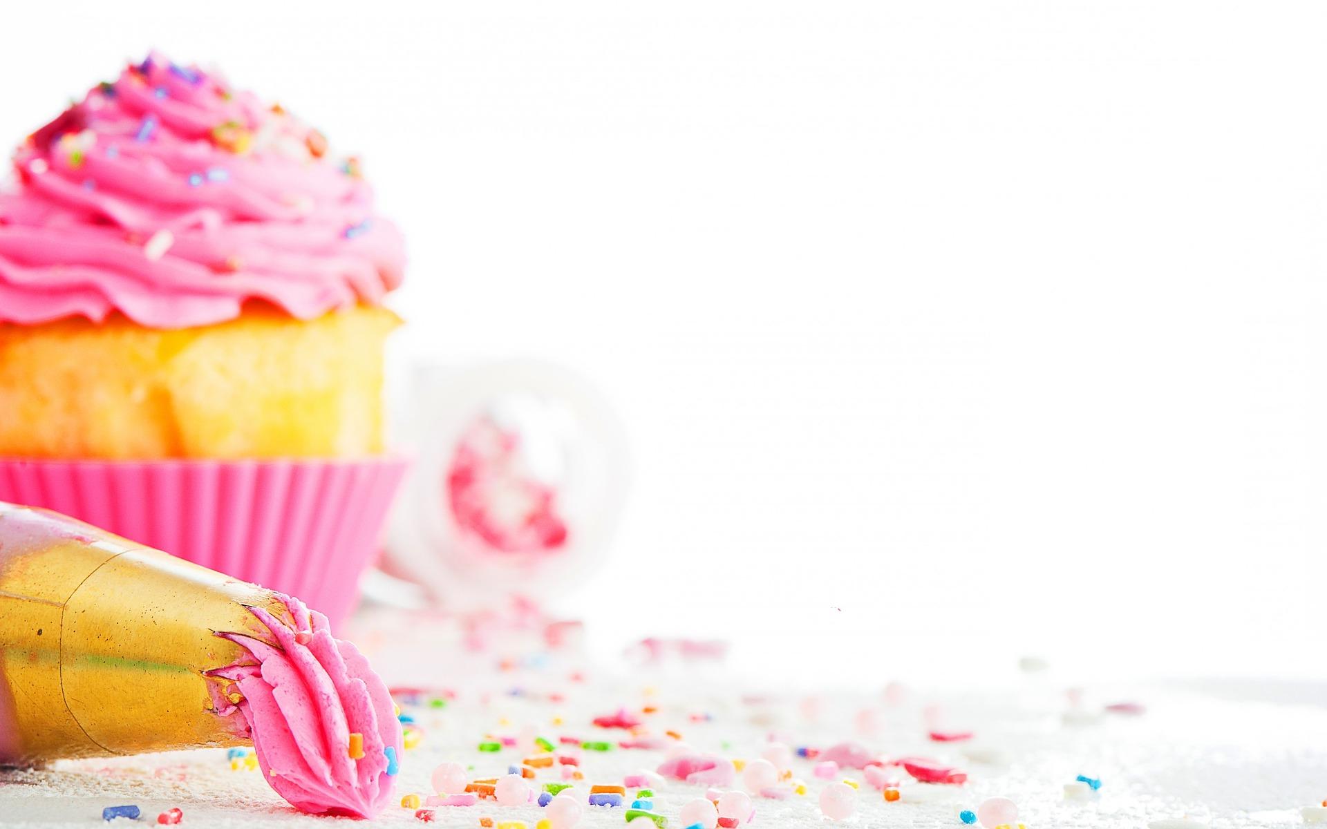 Schoko küsst Himbeer Cupcake