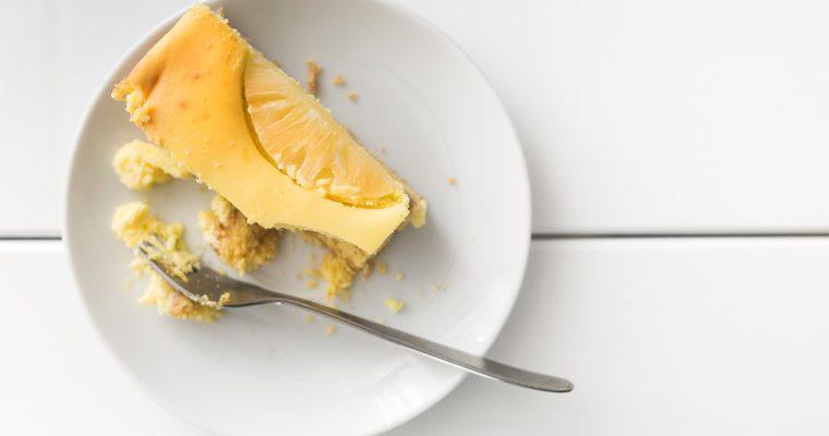 Erdnuss-Cheesecake mit Streuseln