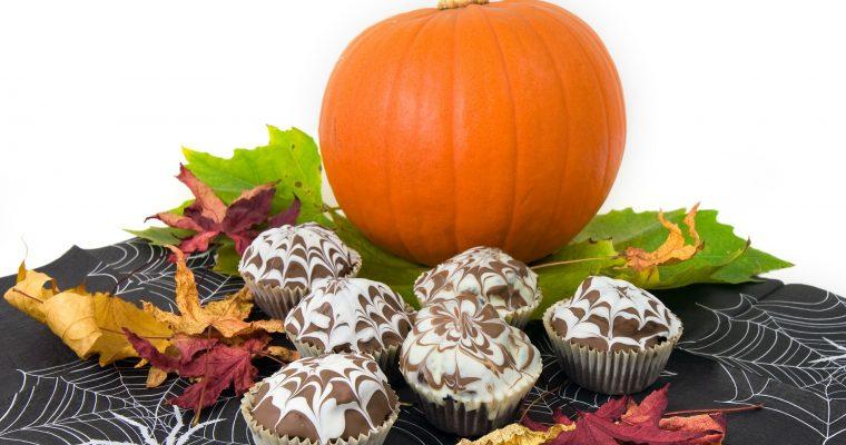 Kürbis-Schokoladen-Muffins für Halloween